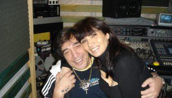 María Jose Demare con Cacho Castaña en estudio de grabación, grabando Para decir adios.