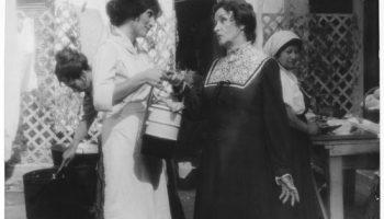 Con Tita Merello en La Madre María.