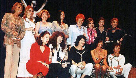 María Jose Demare recibiendo el premio Atrevidas tango